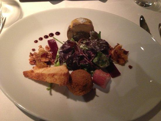 Oysters Restaurant: Duck starter