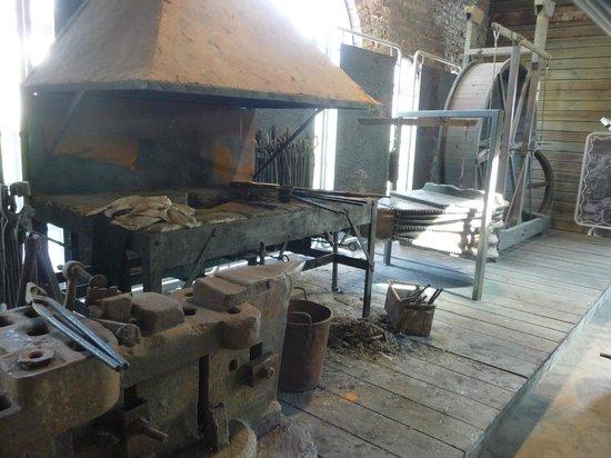 Charleville-Mezieres, Frankrike: exemple de forge au Moyen Age