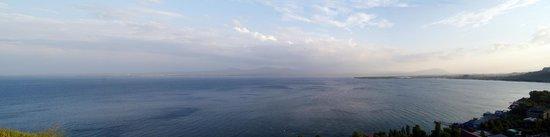 Lake Sevan, Armenia: Vista del lago