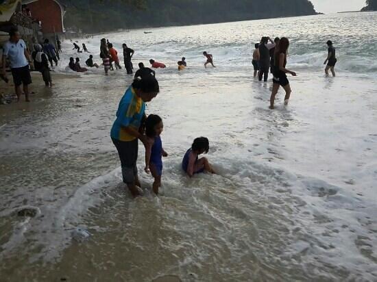 Coral Beach: beach