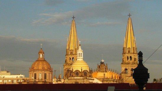 Hotel de Mendoza: Guadalajara Cathedral from our room window