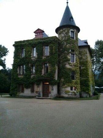 Chateau de la Tour du Puits : le chateau
