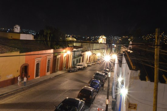 Hotel Azucenas: rooftop view in the evening