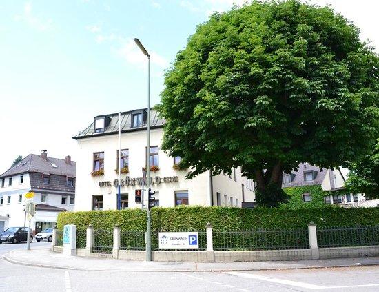 Hotel Grunwald Garni: отель