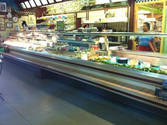 Signe's Bakery & Cafe : bakery view