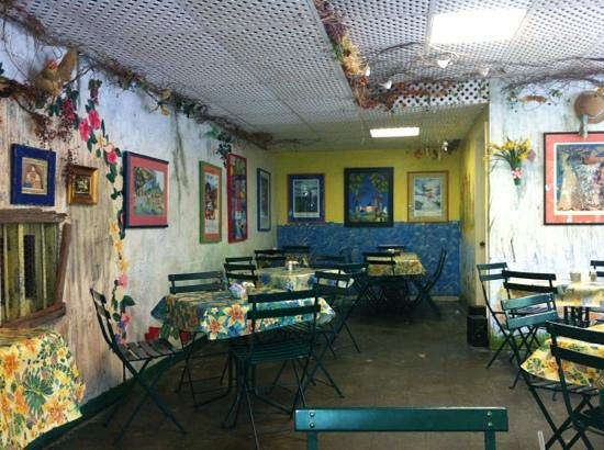 Signe's Bakery & Cafe : dining area