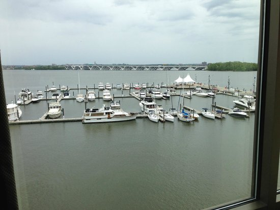 The Westin Washington National Harbor : Harbour view from room