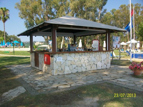 TUI FAMILY LIFE Kerkyra Golf : bar plage