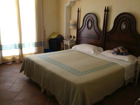 La Vecchia Fonte Hotel : Doppelzimmer mit Balkon