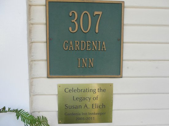 Eva's Escape at the Gardenia Inn: Do ask about the back story
