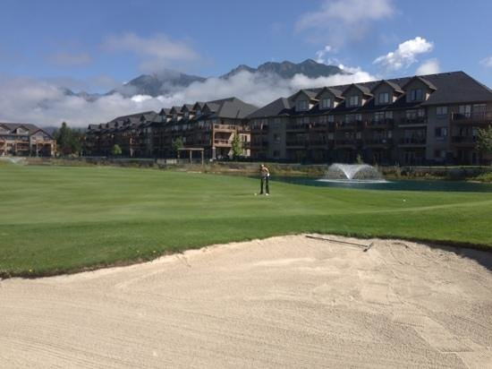 Bighorn Meadows Resort : great stay and play!