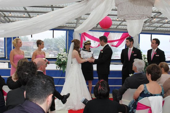 Scugog Island Cruises: Our officiant Captain Betty Penny