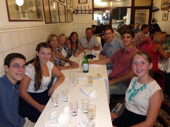 Trattoria Sostanza: 11 happy diners!