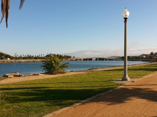 Homewood Suites by Hilton San Diego Airport - Liberty Station : jogging near hotel