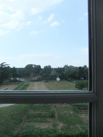 BELLEROCHE : View of community garden and Loire River from our room