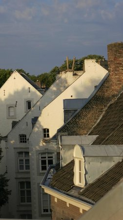 Hotel Dis : Rooftops of Maastricht