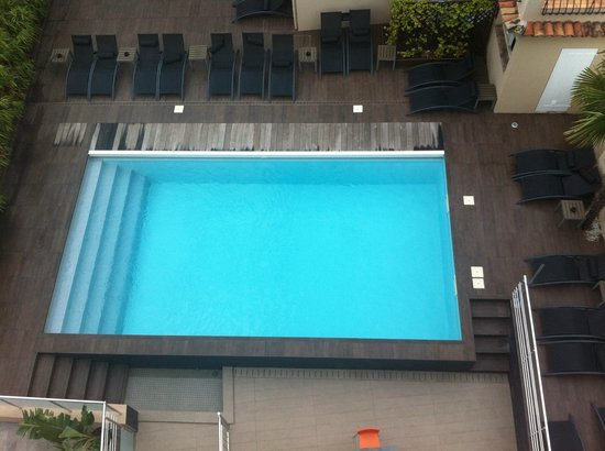 Inter Hotel Frisia: The swimming pool as seen from our room