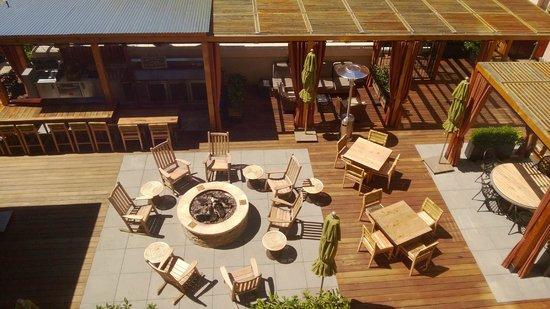 Andaz Napa: Terrace bar