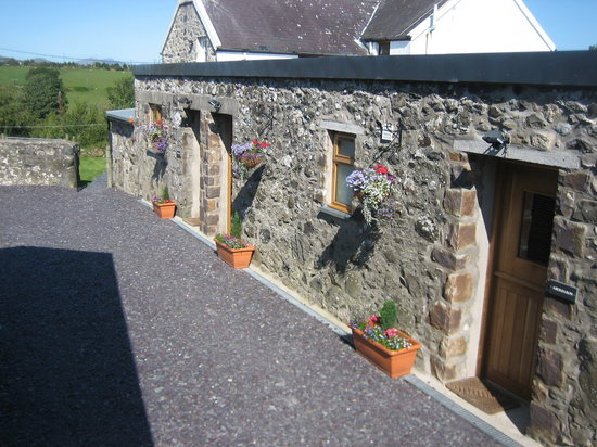 Hendre Barns: B&B rooms with their own private entrances