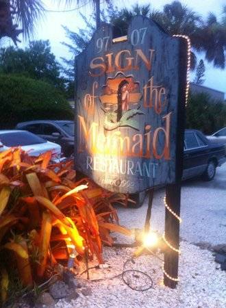 Sign of The Mermaid: Delish !!