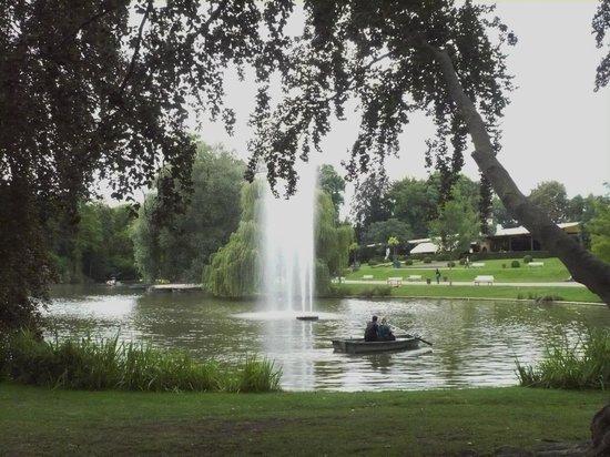 Parc de l'Orangerie : Fountains