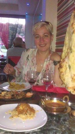 Zayka Food Bar : Ruxandra happy