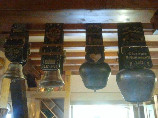 L'Auberge de la Chaume de Schmargult : cloches