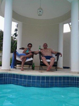The Crown Villas at Lifestyle Holidays Vacation Resort: At the Prite Villa Pool