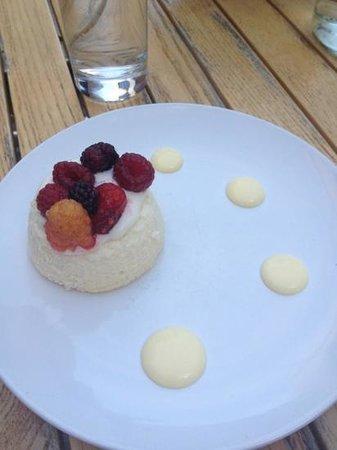 Aviary: delicious cheesecake