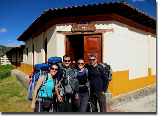 Hostal Llullu Llama: start of a sunny walk