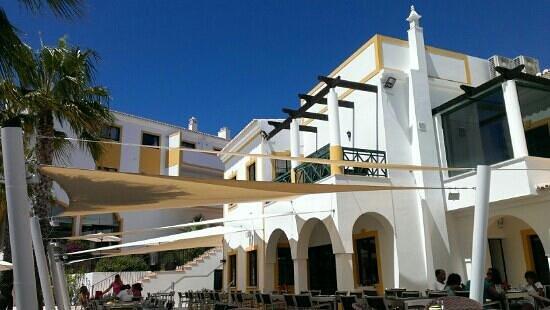 Vale d'El Rei Suite & Villas Hotel: pool bar