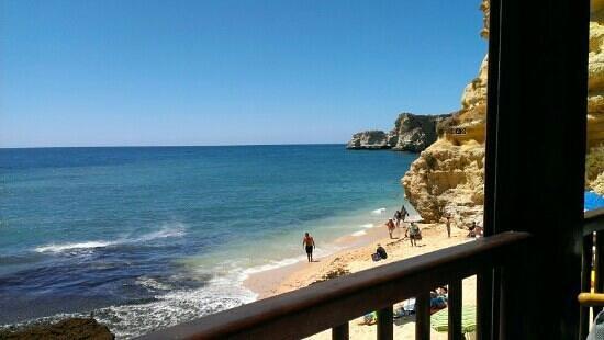 Vale d'El Rei Suite & Villas Hotel: local beach