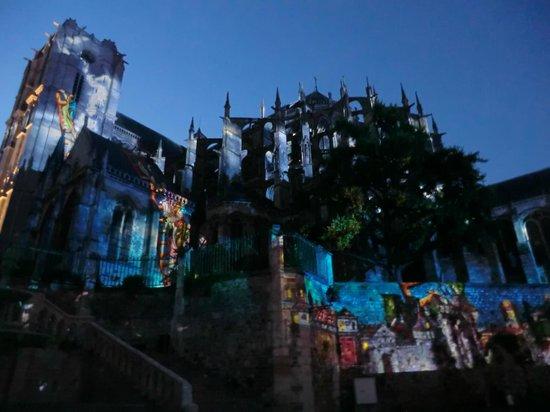 La Nuit des Chimeres : Spectacle Les Chimères