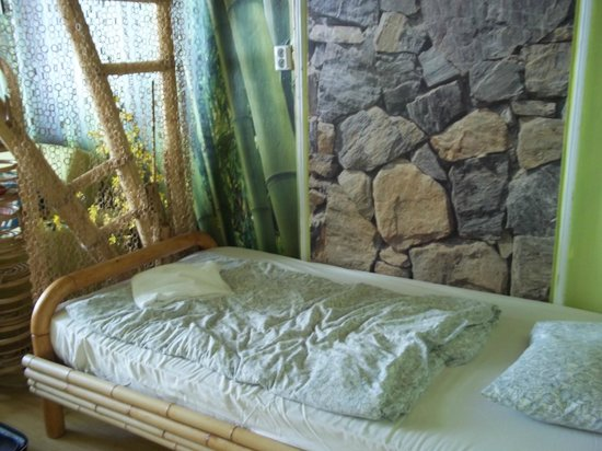 Artharmony Pension and Hostel: Terzo letto