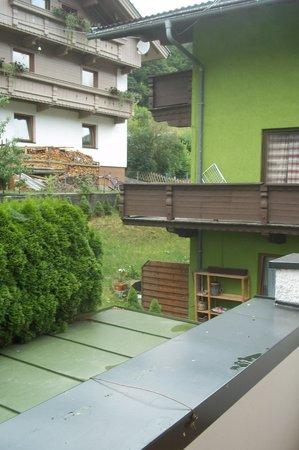 Romantic Hotel Alpenblick: Hinterhofromantik