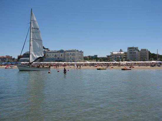 Hotel San Marco (3e van rechts)