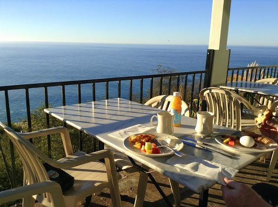 Lucia Lodge: Complimentary breakfast