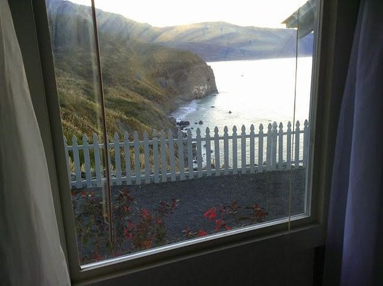 Lucia Lodge: View from bed!