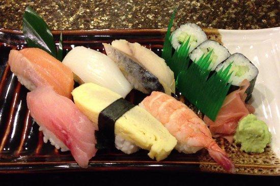 Shiki-Tei : ランチのお寿司