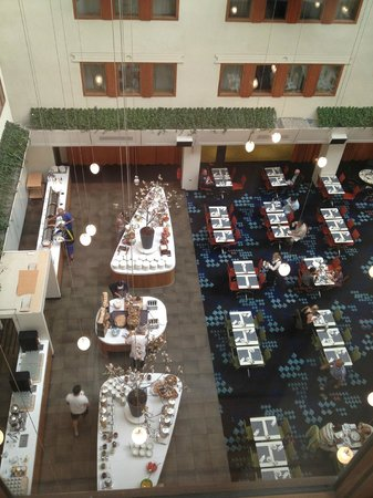 Radisson Blu Royal Viking Hotel, Stockholm: View of dining area from our room