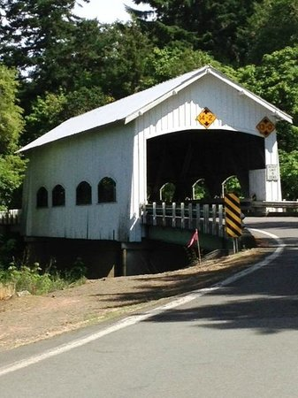 ‪‪Sutherlin‬, ‪Oregon‬: Rochester Covered Bridge‬