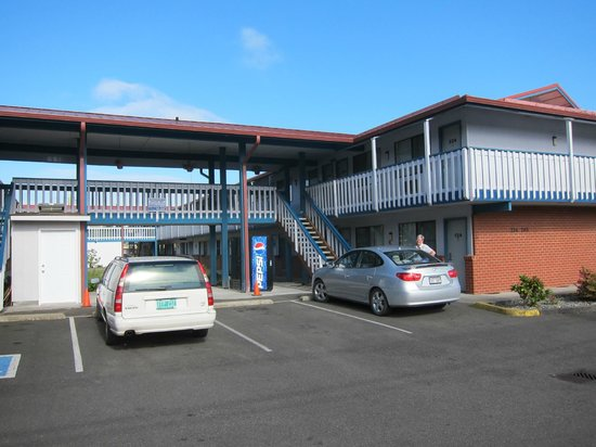 Econo Lodge: Everett Travelodge Exterior