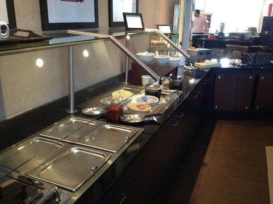 Hilton Garden Inn San Antonio Airport South: Breakfast buffet