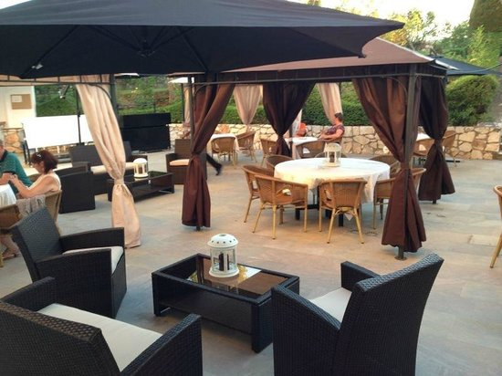 Hotel Maria Luisa: Chill out BBQ