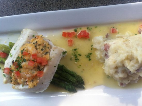 Columbus Fish Market Crosswoods: Stuffed cod