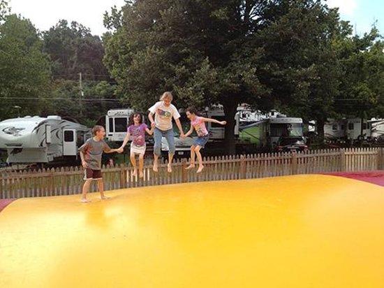 Koa Bristol Updated 2018 Reviews Photos Blountville Tn Campground Tripadvisor