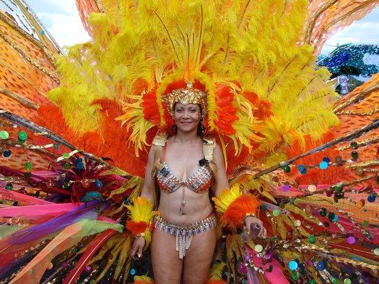 Hampton Inn & Suites Toronto Airport: Nice costume in the parade