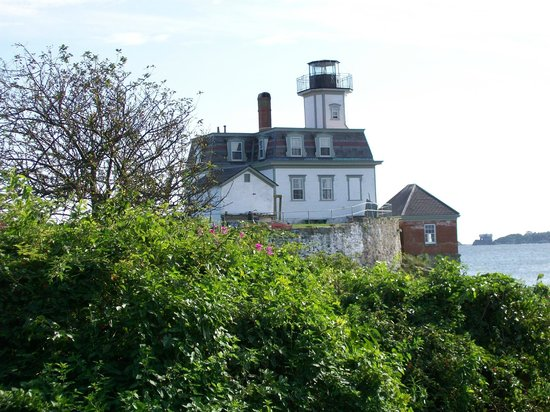 Rose Island Lighthouse: Lighthouse and Fog Horn Bedroom (on lower right)