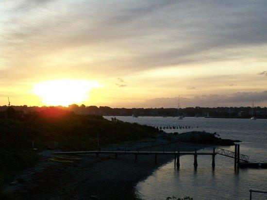 Rose Island Lighthouse: Sunrise on Rose Island