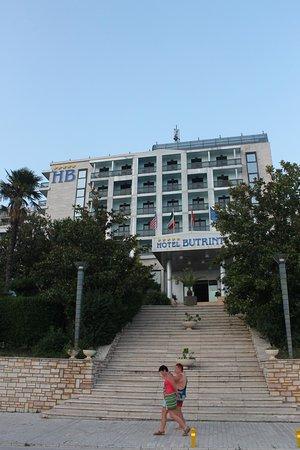 Butrinti Hotel: Exterior